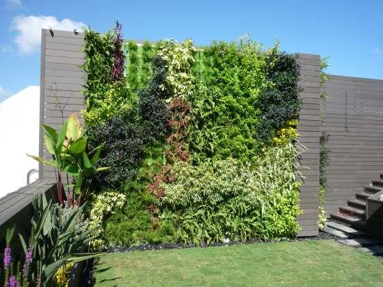 Vertik ln kv tin e minigarden for Jardines verticales para exteriores
